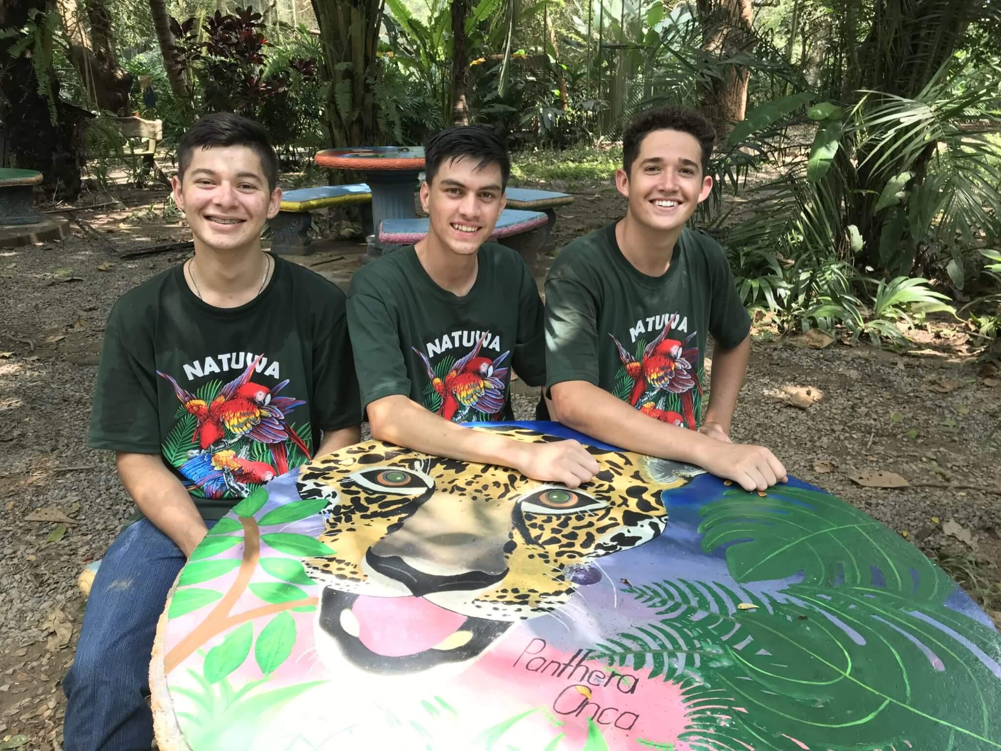 Volunteer Students in NATUWA